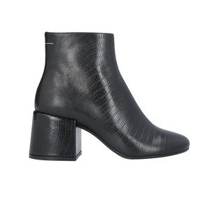 39 MM6 Maison Margiela Ankle Boots